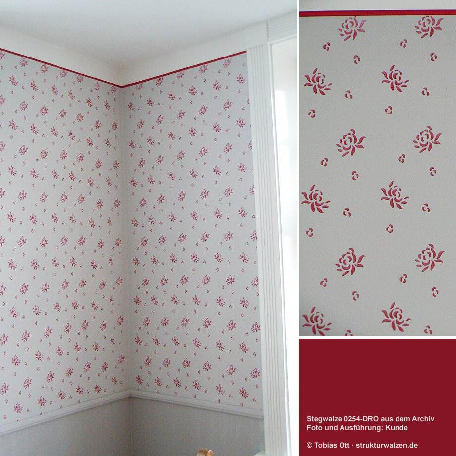 Wand mit Muster in Rot und Weiss
